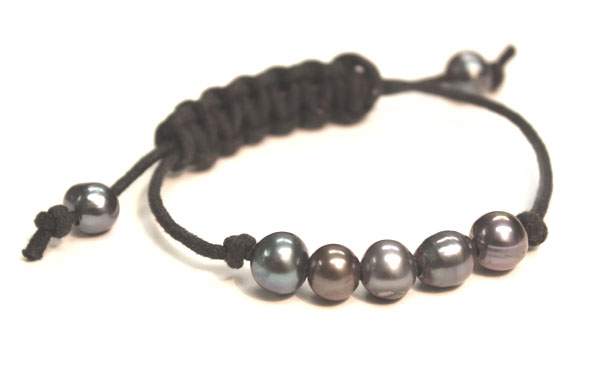 single sliding knot bracelet 301 moved permanently 463